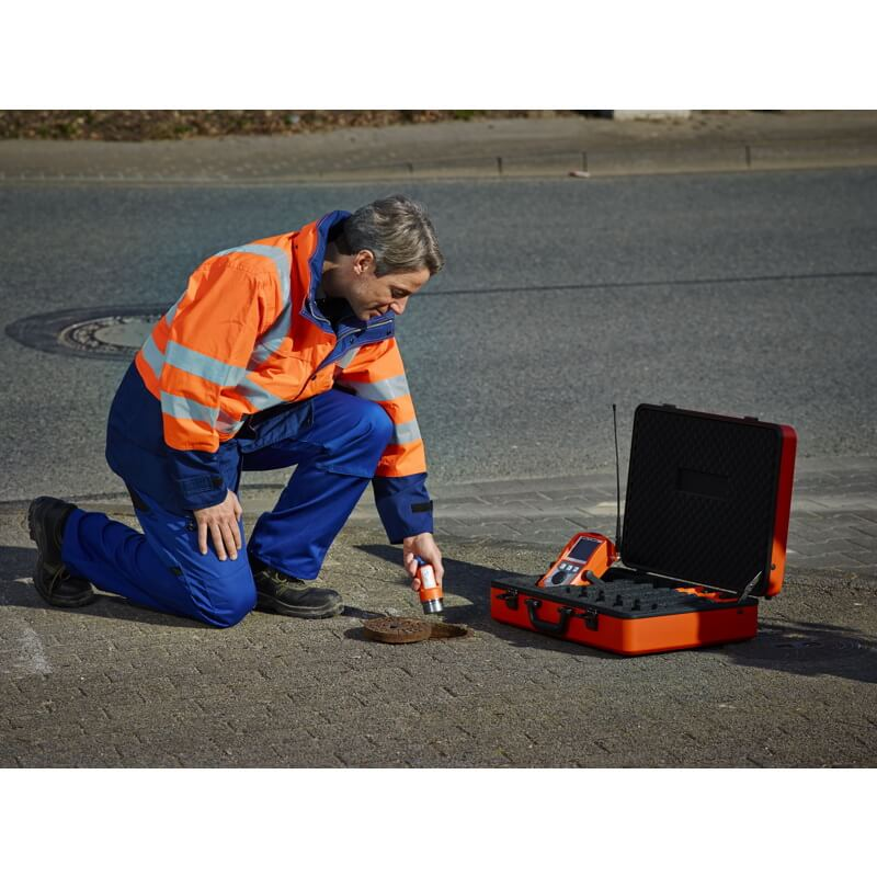 Noise loggers for monitoring water pipe networks sturdy – convenient – reliable